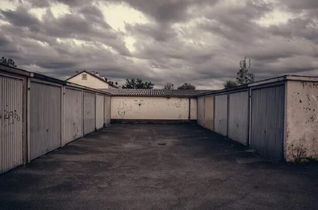 Россияне могут оформить гаражи и земельные участки под ними по упрощенной схеме