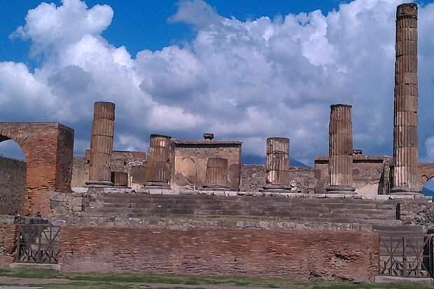 В Помпеях нашли останки погибших при извержении Везувия в начале нашей эры