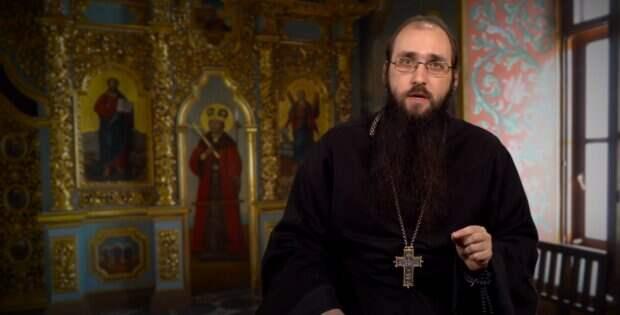 Митрофан рассказал, зачем для молитвы нужны иконы