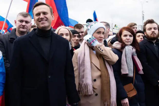 МВД: спутница Навального в Томске покинула Россию