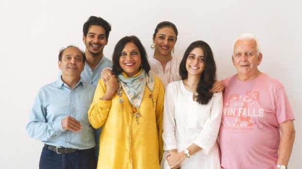 Сценарист «Карточного домика» отправляется в Индию
