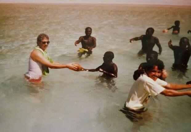 Относительно мирный, хоть и недолгий контакт с жителями острова состоялся в 1991 году / Фото: poshepky.com