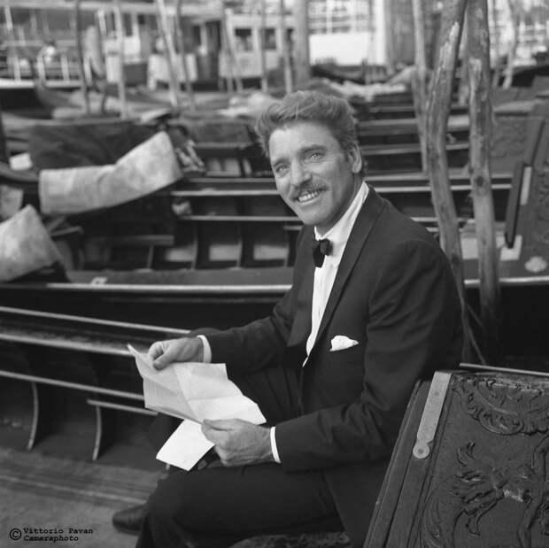 Редкие фотографии известных людей, отдыхающих в Венеции в 1950-60-е годы 21