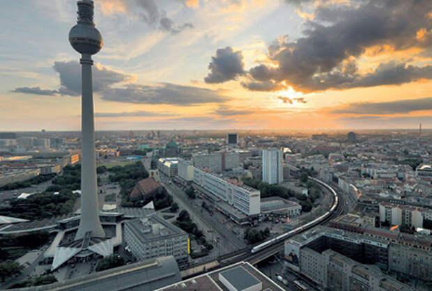 Берлинская телебашня, Александрплац