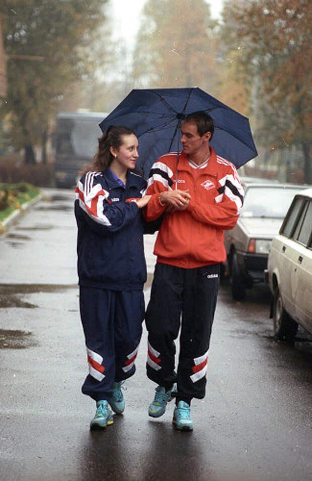 Футболист Виктор Онопко с женой
