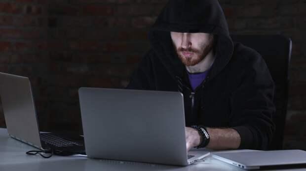 Более половины приложений банков и онлайн-магазинов уязвимы для хакеров