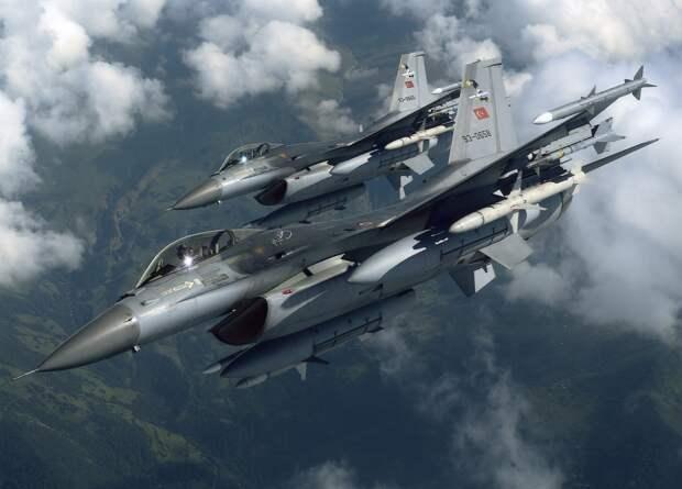 РП: турецкая авиация нанесла удар по авиабазе Аль-Джуфре в Ливии