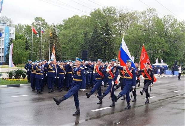 Парад Победы в Новороссийске: запланировано шествие и полет авиации