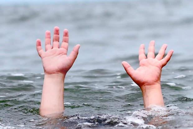 В СК проверяют случай гибели мужчины и ребенка в Азовском море