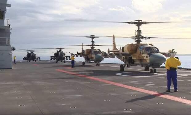 Вертолёты Ка-52 и AH-64D Apache показаны на палубе УДК «Мистраль» ВМС Египта в ходе учений