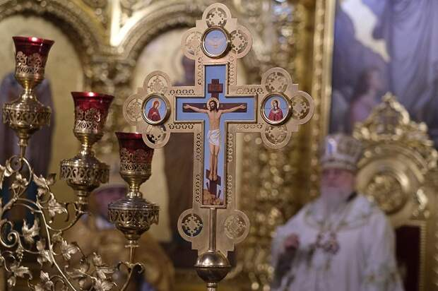 Масочный режим обязателен: на Кубани с 27 июня откроются храмы