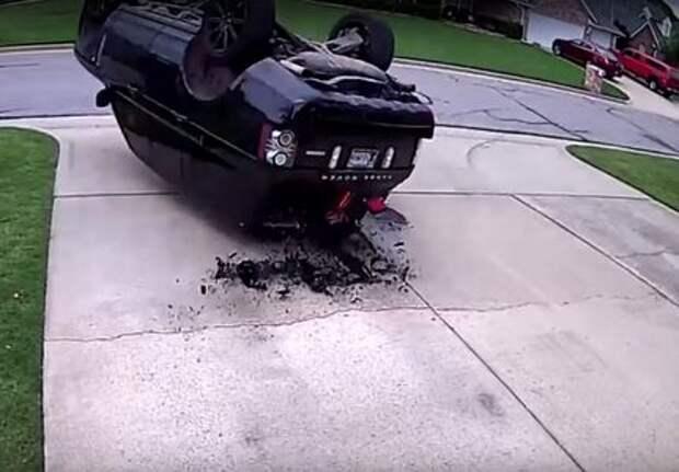 Что-то пошло не так: Range Rover, полицейский разворот и «уши»