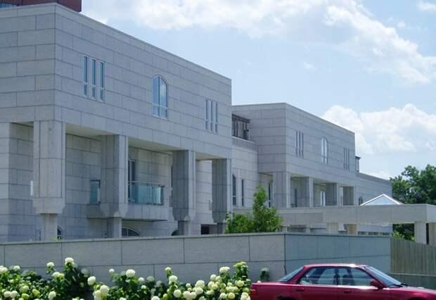 Удивительные посольства разных стран по всему миру