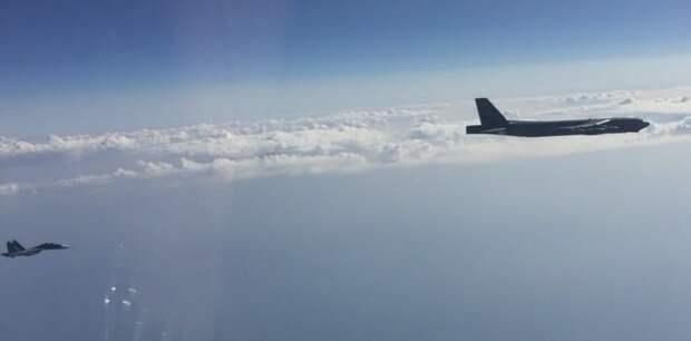 Перехват «стратегов» ВВС США истребителями РФ попал на видео