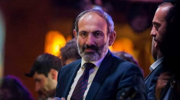 Пашинян разругался с президентом Армении из-за увольнения главы Генштаба