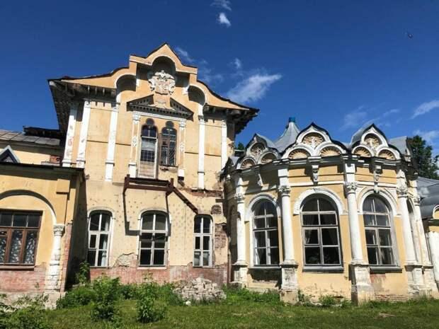 Фотокадр: здание усадьбы Алтуфьево впечатляет даже в нынешнем виде