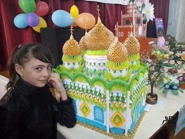 Девочка сделала этот храм за 6 месяцев!