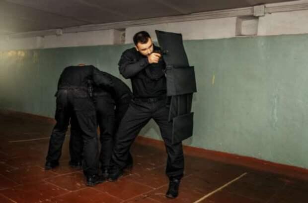 «Лейб-гвардия»: каким оружием пользуются сотрудники ФСО для охраны президента