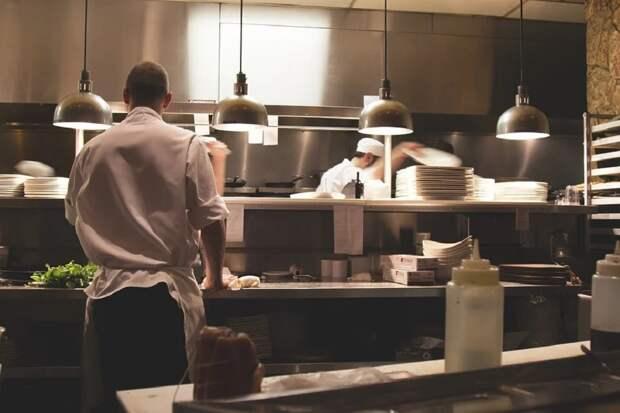 В Казани 20 посетителей кафе заболели кишечной инфекцией