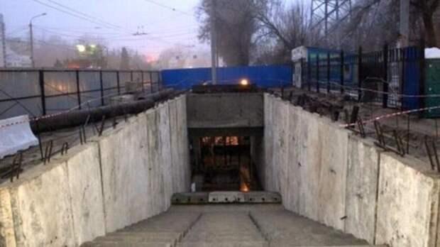Строительство пешеходного перехода наШолохова вРостове приостановлено