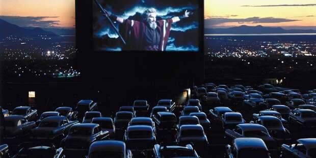 Кино переедет на авто