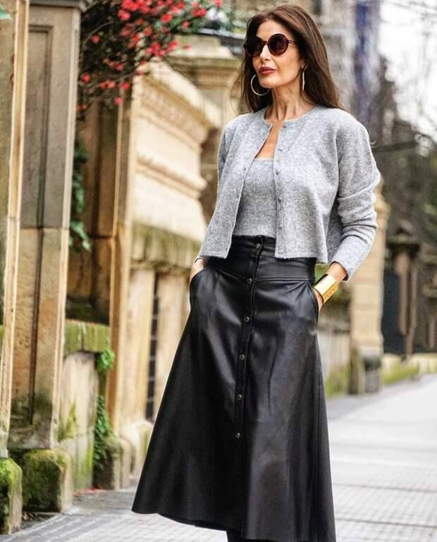 Трикотаж к юбке: что надеть весной, чтобы выглядеть стильно и современно