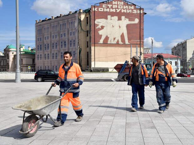 Мигрантам ужесточат правила въезда в Россию