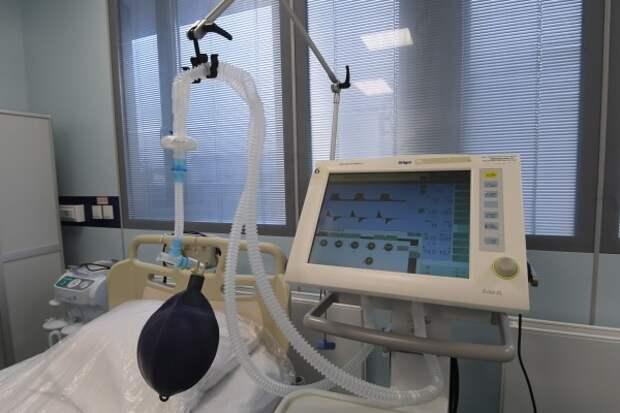 Пульмонолог объяснил большое количество подключённых к ИВЛ молодых пациентов с коронавирусом