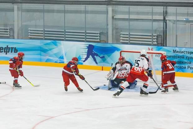 Растим чемпионов: в Можге открыли уникальную ледовую арену