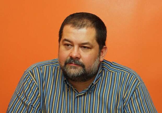 """Писатель Лукьяненко доступно объяснил наезды Гусенова на русский """"убогий клоачный язык"""""""
