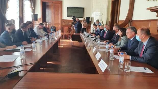 Премьер-министр Республики Сербской встретился с председателем ТПП Санкт-Петербурга