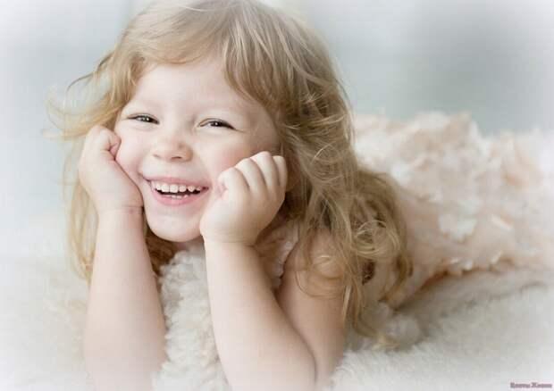 Три привычки, которые делают детей счастливыми.