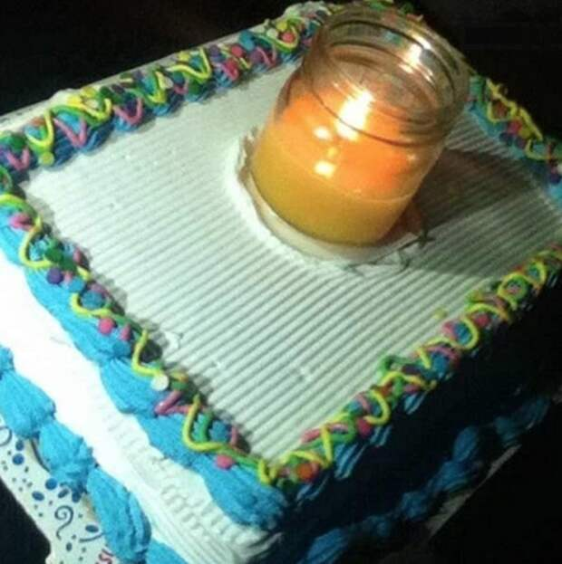 Просто это единственная свечка, которая была в доме… плевать на всё, пофигисты, прикол, юмор