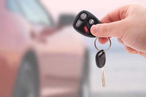 Не на свои — более половины автомобилей продано в кредит