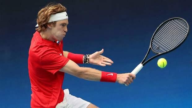 Метревели: «Российские теннисисты должны обыгрывать своих соперников в 3-м круге Australian Open»