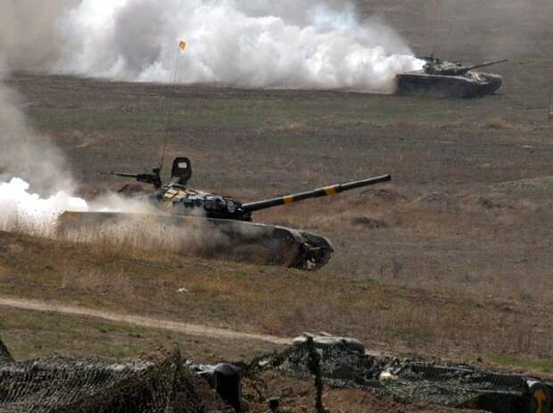 Армения и Азербайджан продолжили обстрелы