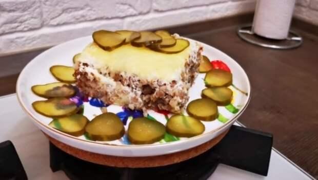 Готовлю гречку по-польски, получается очень вкусно. На столе не задерживается, семья съедает сразу