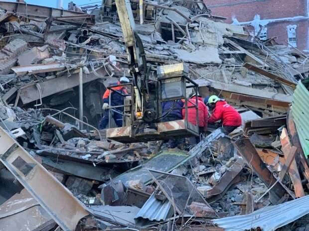 В Норильске 22 февраля объявили днем траура по погибшим при обрушении на фабрике
