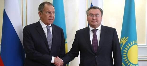 Лавров позвонил главе МИД Казахстана