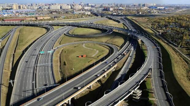 Петербургских водителей предупредили об ограничении движения по КАД