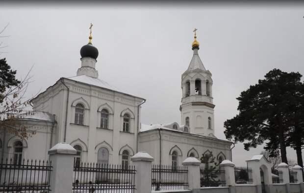 Храм Рождества в Митине. Фото Ольги Чумаченко