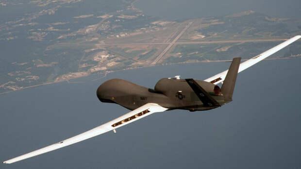 БПЛА RQ-4 Global Hawk ВВС США атакован уроссийских границ