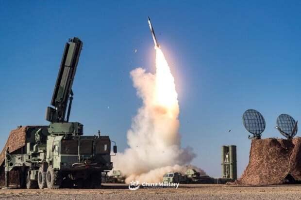 В сети появилось шокирующее видео пуска ракеты ЗРК С-400