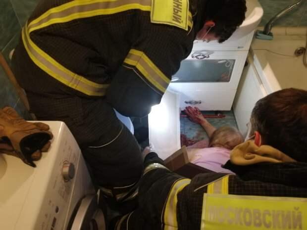 Спасатели Московского авиацентра спасли женщину