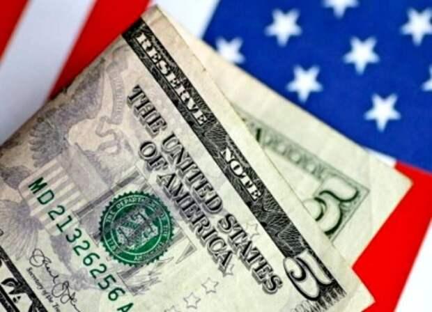 Россия в борьбе с долларом преодолела важный рубеж