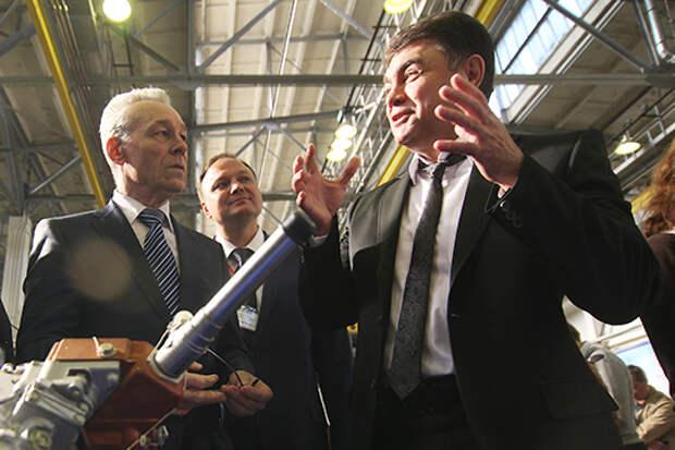 Тотальное «разавиачивание» КМПО началось в 2004 году с приходом Дамира Каримуллина – гендиректора прессово-рамного завода КАМАЗа