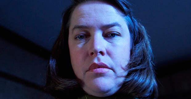 """актриса Кэти Бэйтс (Энни Уилкс) - кадр из фильма """"Мизери"""""""