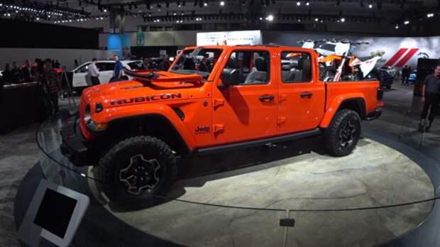 Двухрядный пикап Jeep Gladiator – вот это номер!