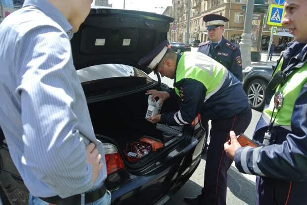 7 прав водителя при остановке сотрудником ДПС, которые стоит отстаивать