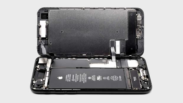 Продлить жизнь смартфону: как правильно поменять батарейку